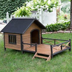 Boomer & George Lodge Dog House